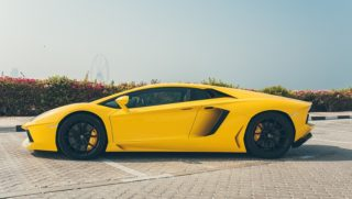 Check out the best offers on Luxury Car Hire Dubai from Parklane Car Rental.